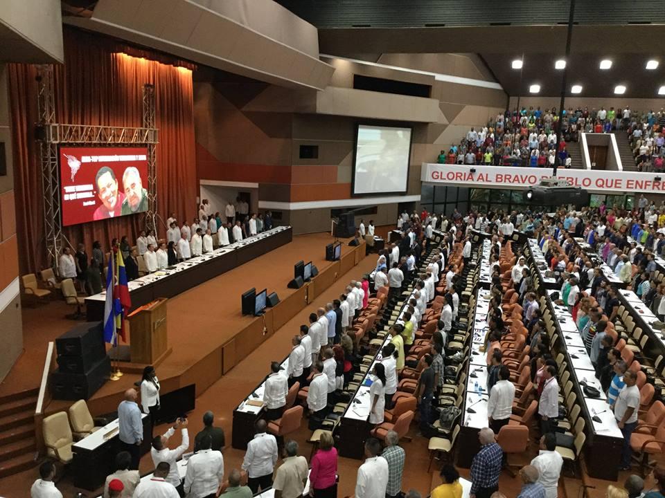 Participan Raúl Castro y Nicolás Maduro en acto solidario con Venezuela