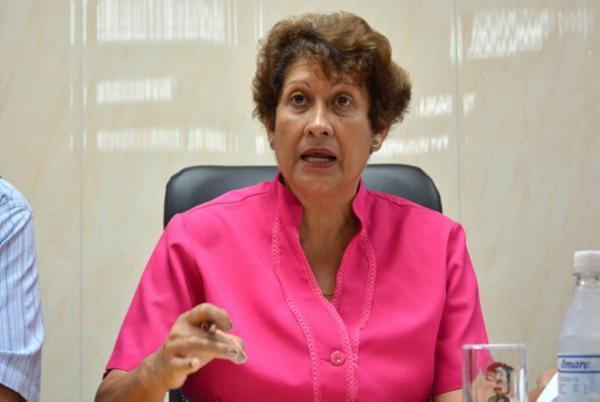 Ministra de Educación exhorta a propiciar capacitación de cuidadoras del sector no estatal