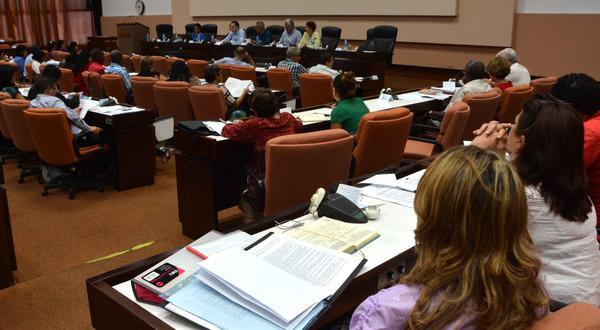 Estrechó legislativo cubano relación con parlamentos del mundo