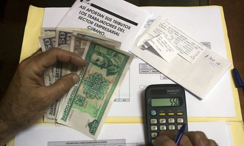 Cubans working for foreign companies to start paying income tax