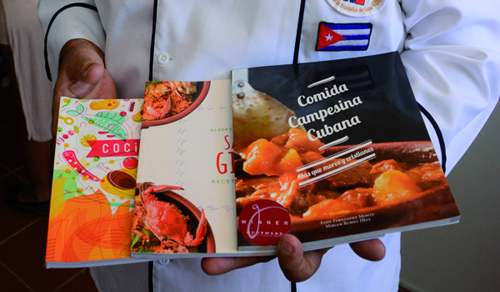 Earn three Cuban Books Awards Gourmand, considered the Oscar in the kitchen
