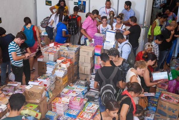 Culminó edición habanera de la Feria Internacional del Libro