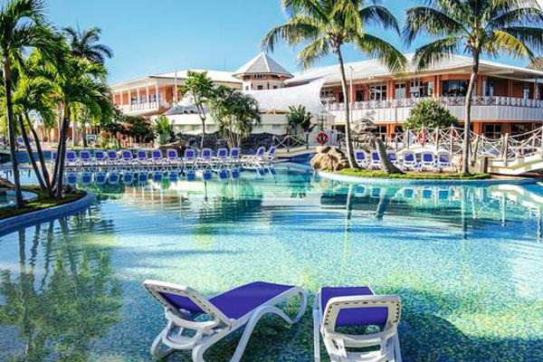 Hotel Royalton Hicacos Varadero, Vanguardia Nacional del turismo