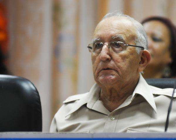 Participa vicepresidente cubano en ceremonia de toma de posesión del presidente de Irán