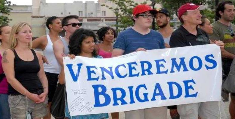 Llega a Cuba la Brigada Venceremos