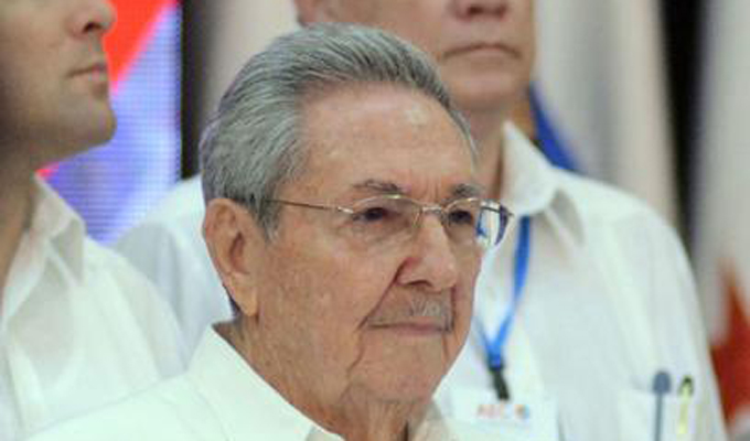 President Raul Castro Meets with FARC-EP Delegation
