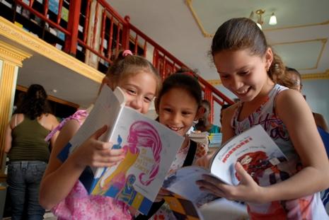 Celebran en Camagüey Encuentro de Escritores Infantiles