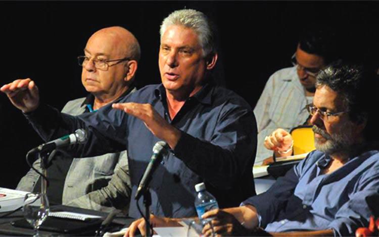 Sesionó en La Habana Consejo Nacional de la UNEAC
