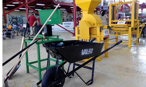 Apoya industria programa de materiales de la construcción en Cuba