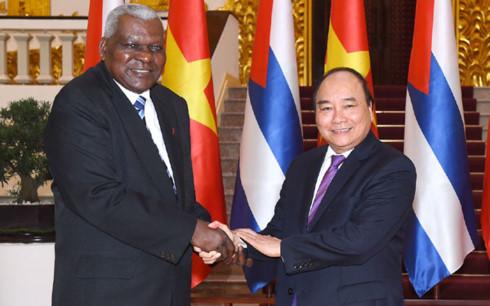 Vietnamese Professional Regrets Reinforcement of US Blockade of Cuba