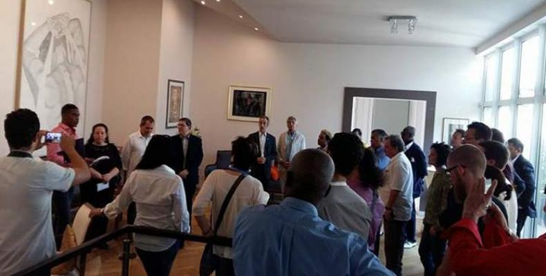 Cuban FM meets solidarity with Cuba groups in Vienna