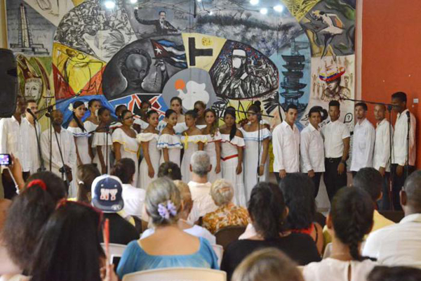 Ofrecerá concierto Academia de Canto Mariana de Gonitch en la capital cubana