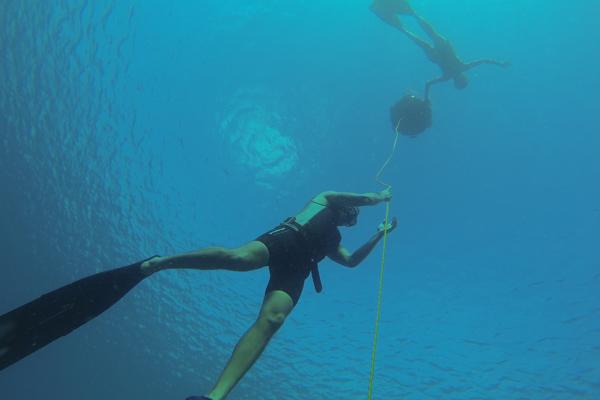 Cubano intentará romper récord Guinness de apnea dinámica con equipo