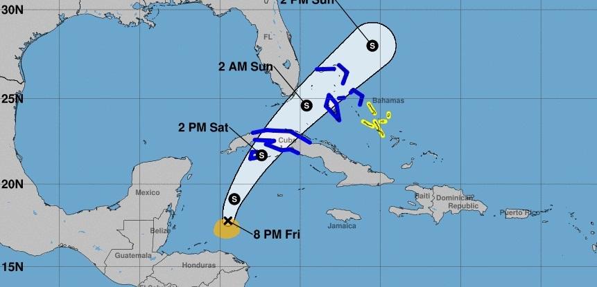 Efectos de depresión tropical número 18 se sienten con fuerza sobre Cuba