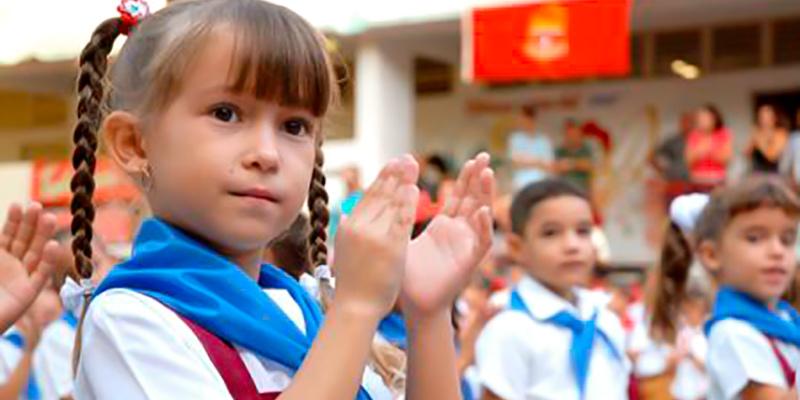 Inicia en toda Cuba nuevo curso escolar