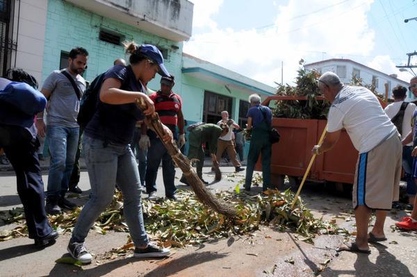 ¡A toda máquina! trabaja Cuba para recuperarse de Irma