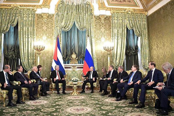 Presidente cubano considera ejemplares las relaciones con Rusia