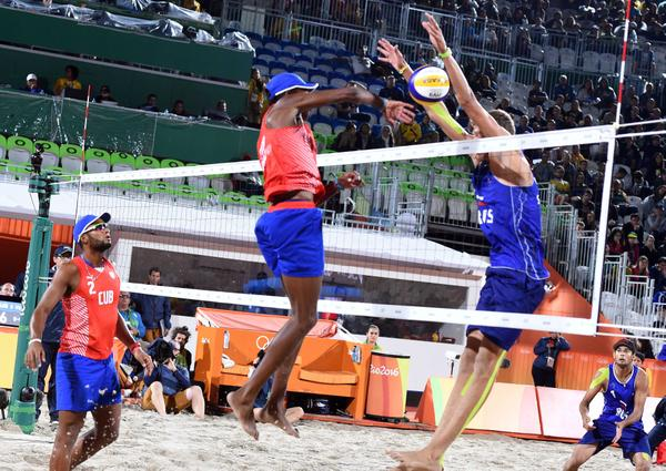 Cuban beach volleyball duos to compete in Mexico