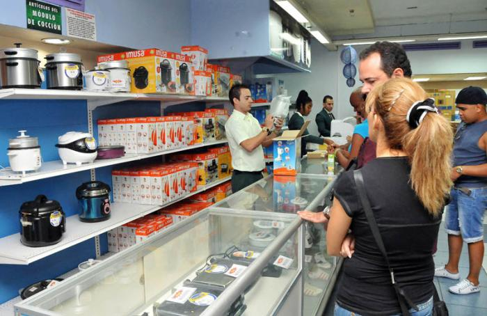 0425-tiendas-cuba.jpg