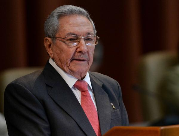 El General de Ejército Raúl Castro Ruz, Primer Secretario del Partido Comunista de Cuba (PCC), clausura la Sesión Constitutiva de la IX Legislatura de la Asamblea Nacional del Poder Popular, en el Palacio de Convenciones, en La Habana, el 18 de abril de 2018. ACN FOTO/Marcelino VÁZQUEZ HERNÁNDEZ