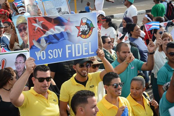 Los jóvenes de Isla de la Juventud bajo la consigna Yo soy Fidel manifestaron su adhesión a la Revolución y el Socialismo en fiesta del proletariado mundial. Cuba, 1ro de mayo de 2018. ACN/ Roberto Díaz Martorell.