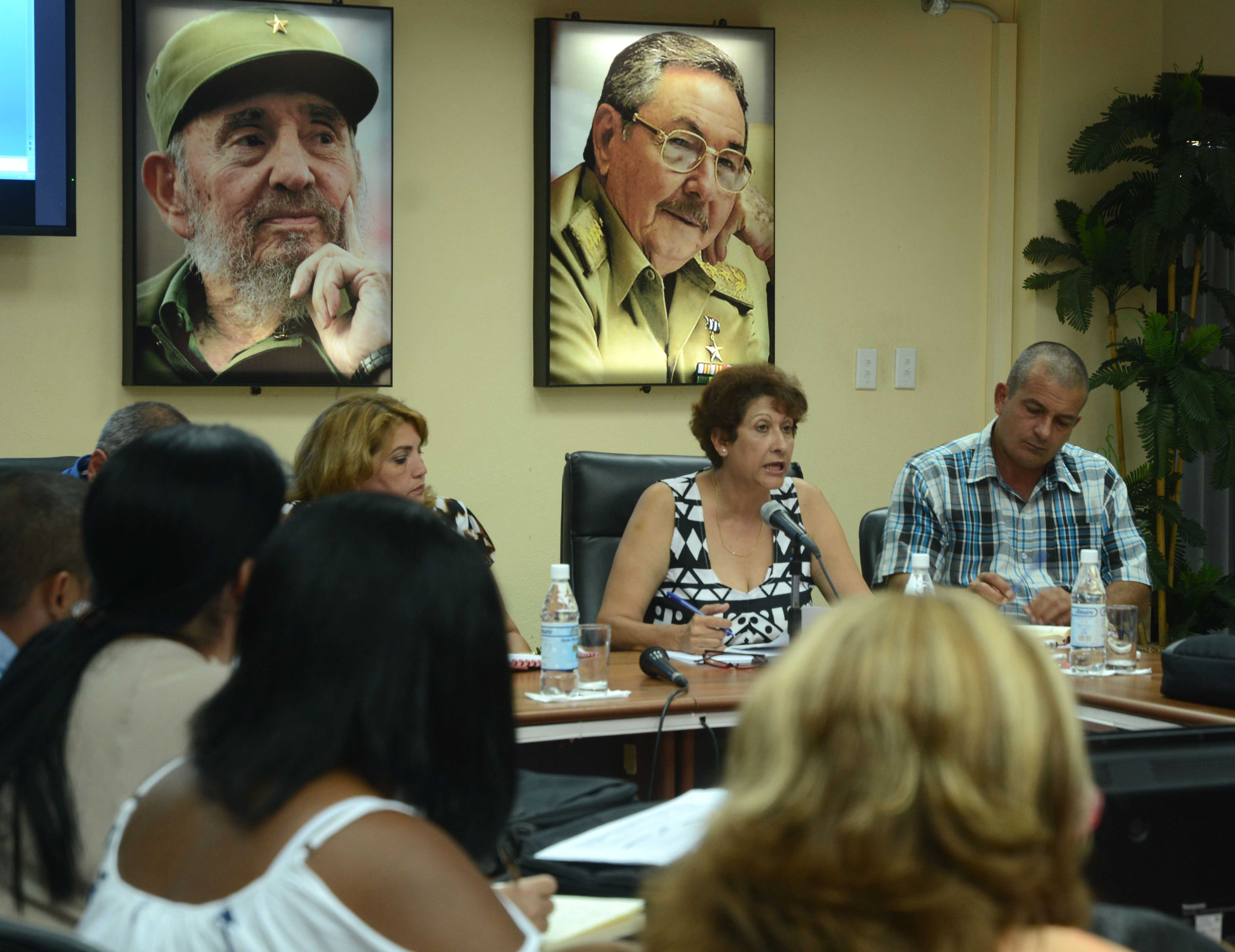 Cuban Education Minister: We have to guarantee the teacher in every classroom