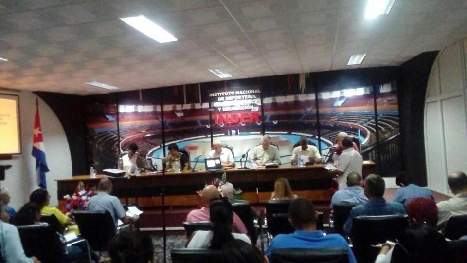 Asiste presidente cubano a encuentro con autoridades deportivas