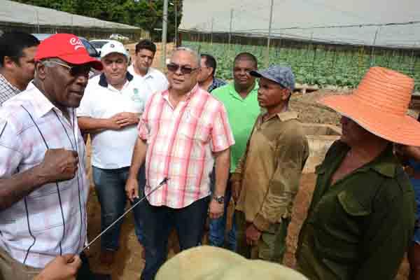 Primer Vicepresidente cubano reconoce esfuerzo para desarrollar la agricultura en La Habana (+ Fotos)