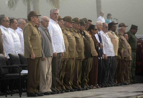 Presidió Raúl tributo a combatientes del II Frente Oriental