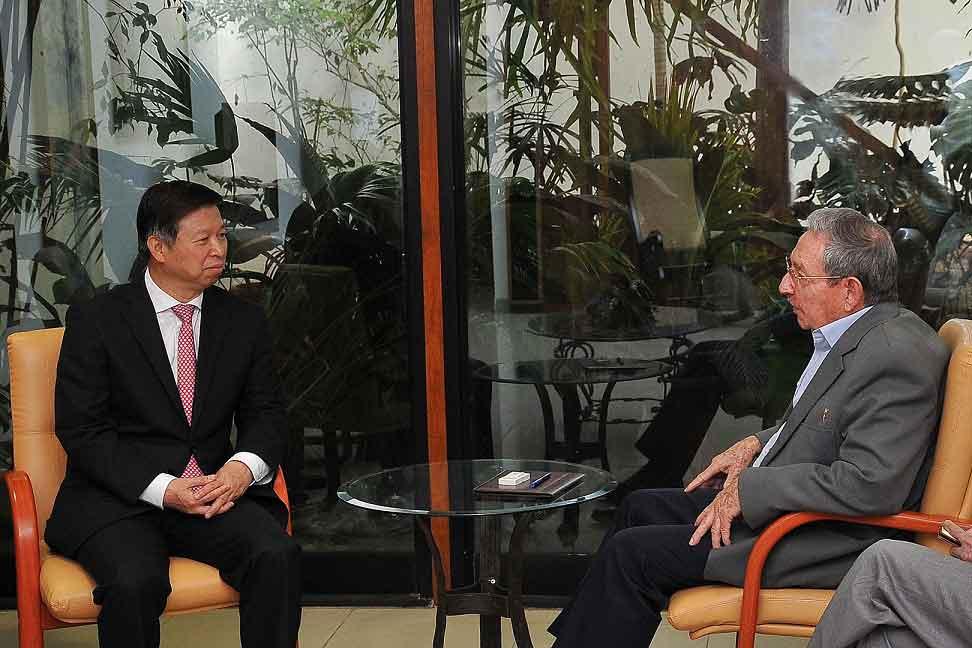 Recibió Raúl Castro en La Habana a dirigente partidista chino