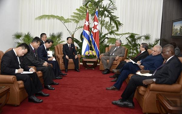 Recibió Díaz-Canel al vicepresidente del Comité de Estado de la RPDC