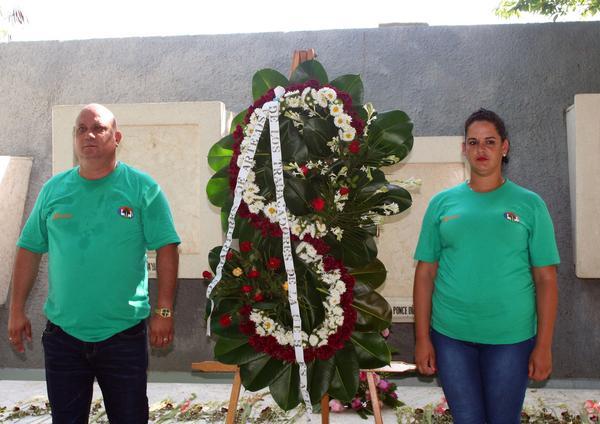 Nuevo colectivo vanguardia nacional entre los azucareros for Lo mas nuevo en cocinas integrales
