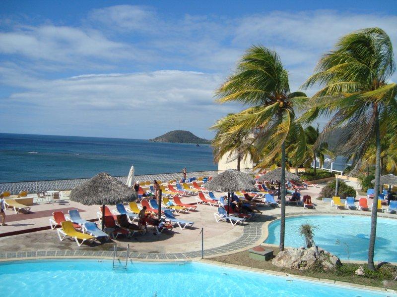 0617-hotel-brisas-sierra-mar.jpg