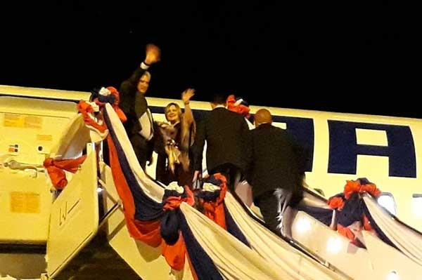 De regreso a Cuba Díaz-Canel hace escala de tránsito en Londres