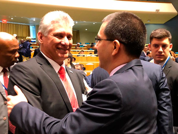 Cuban President holds bilateral meetings with world leaders