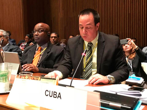 Cuba ratifies its commitment to universal and free health before PAHO