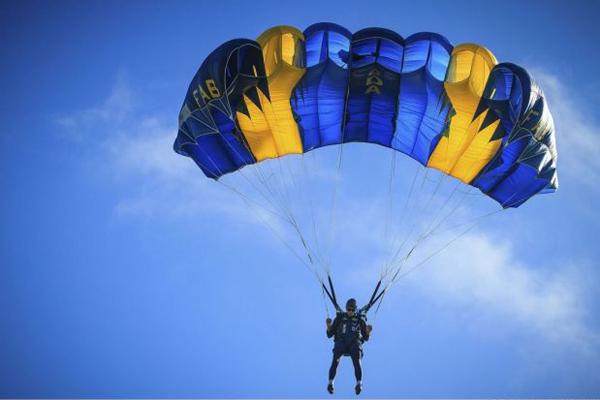 Cuba gana bronce en XI Campeonato Latinoamericano de Paracaidismo
