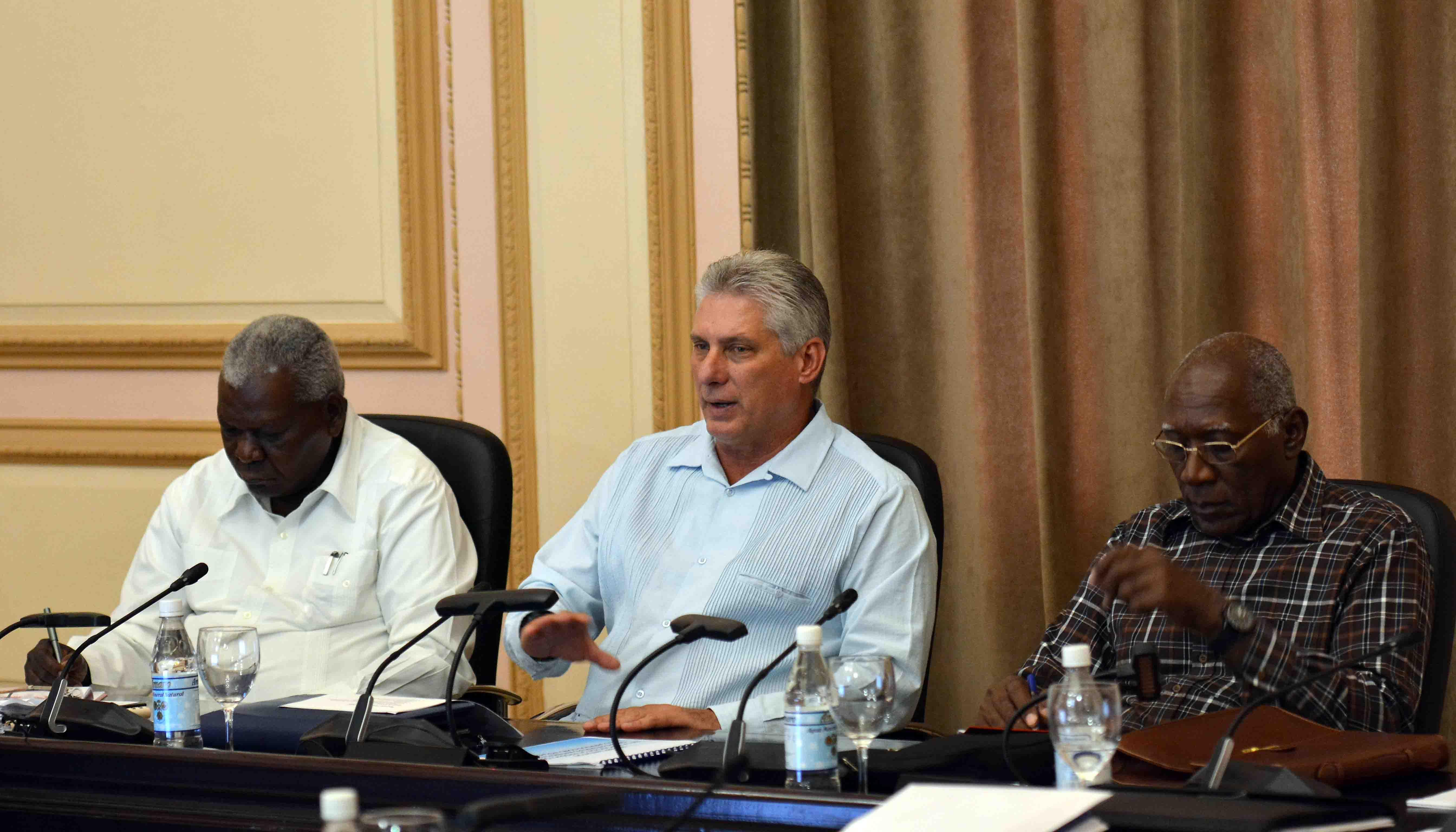<Article>Presidente cubano reitera llamado a luchar contra corrupción</Article>_Spanish.china.org.cn_中国最权威的西班牙语新闻网站