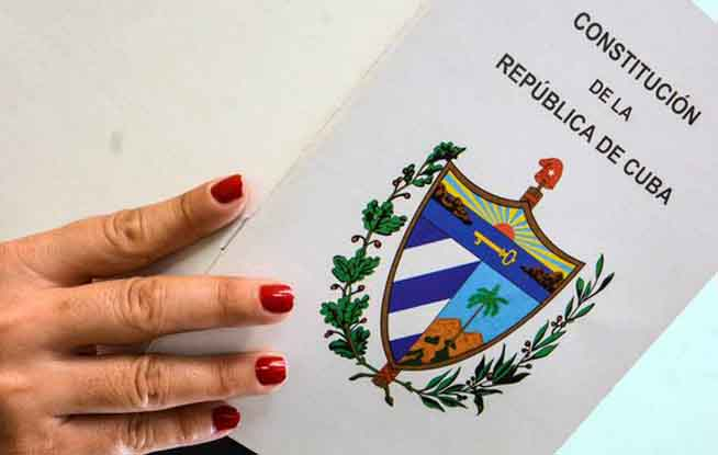 Next to beginning consultation of the Project of Cuban Constitution from the exterior