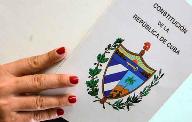 0704-Reforma constitucional1.jpg