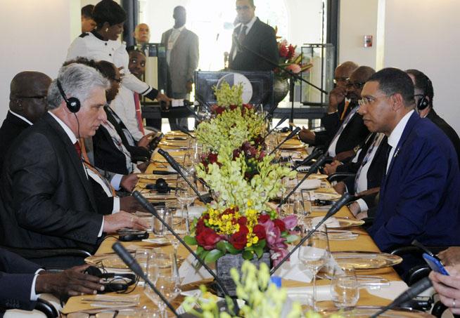 Sostiene Díaz-Canel encuentros con mandatarios de Jamaica y Haití
