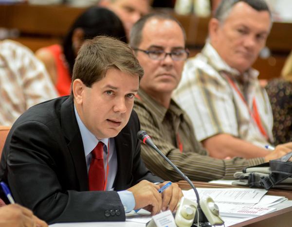 Jorge Legañoa, subdirector de la Agencia Cubana de Noticias (ACN), durante su intervención en el X Congreso de esa entidad, en el Palacio de Convenciones de La Habana, el 13 de julio de 2018. ACN FOTO/Abel PADRÓN PADILLA