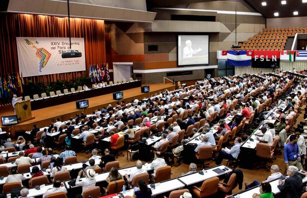 Morales y Maduro afianzan lazos de amistad entre sus pueblos