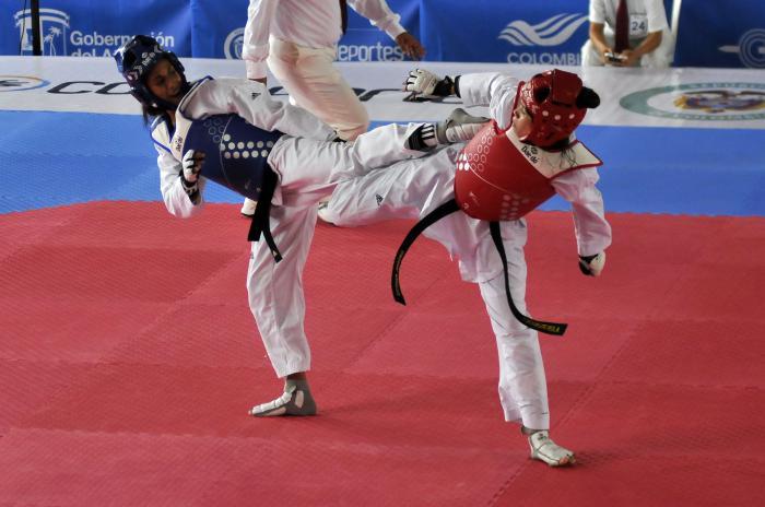 Cubana Acosta campeona centroamericana de Taekwondo