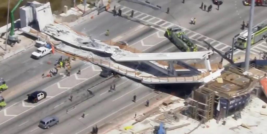 0315-puente-en-miami-colapsa-6.jpg