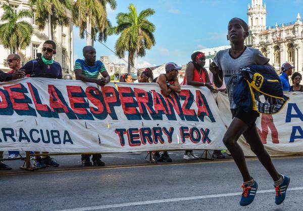 Cubanos corren hoy en Maratón de la Esperanza Terry Fox