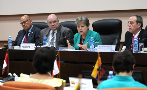 La CEPAL frente a los desafíos globales para la región
