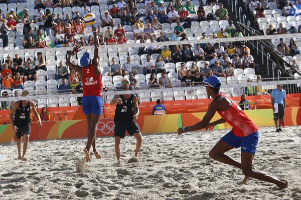 Cuban beach volleyball players made their debut in Itapema with division of honors