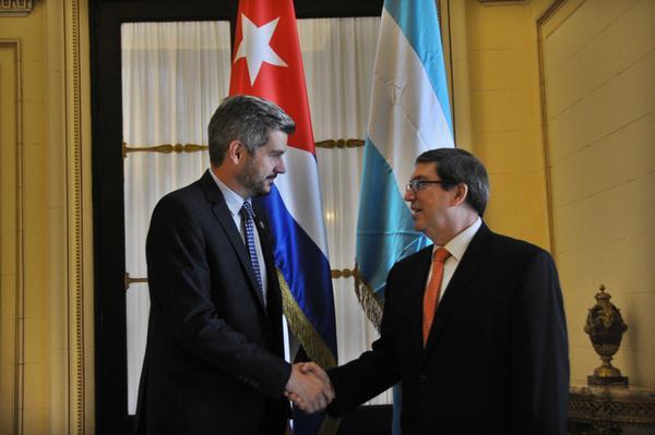 Dialogan en La Habana canciller cubano y jefe de gabinete de Argentina