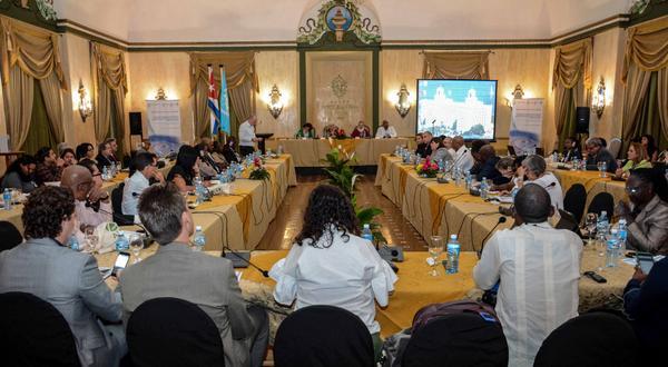 Concluye hoy en La Habana escuela científica internacional de la UNESCO